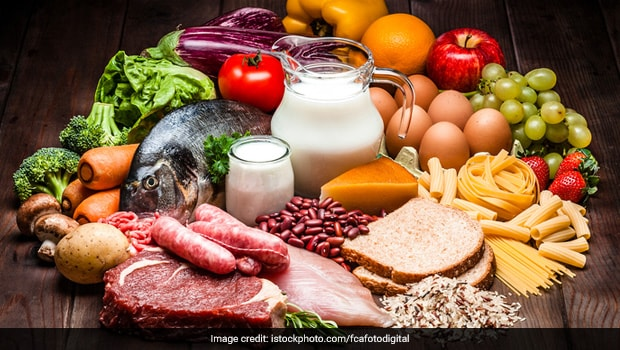 7 Flavonoid-Rich Foods That May Keep Blood Pressure In Check