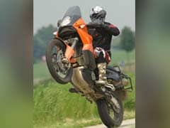 Aspiring Bollywood Stuntman Duo Caught Stealing High-End Bikes For Shows