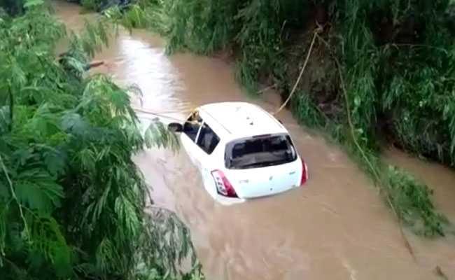 Four People Die As Their Car Is Swept Away Near Madhya Pradesh's Mandsaur