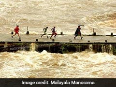 Man Who Ran Across Sinking Bridge With Child Is Hero For Flood-Hit Kerala