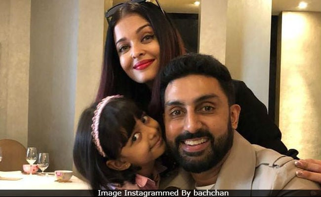 Aishwarya, Abhishek And Aaradhya In A Million Dollar Pic. Credit - Big B