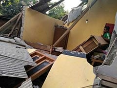 Over 320 Dead In Indonesia Earthquake