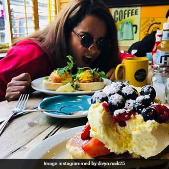 Not Just The Kapoors, Kangana Ranaut Too Is Having A Fun Time In London