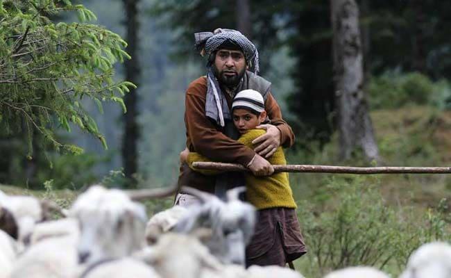 'करीम मोहम्मद' की खातिर इस शख्स ने 20 दिन तक पहने एक ही कपड़े, बताई ये वजह