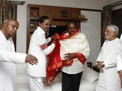 KCR To Skip Karnataka Swearing-In, Meets Kumaraswamy A Day Before