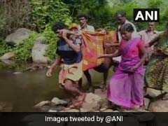 केरल: एंबुलेंस नहीं मिली तो कपड़े का स्ट्रेचर बनाकर 7 किलोमीटर तक गर्भवती महिला को ले गए अस्पताल