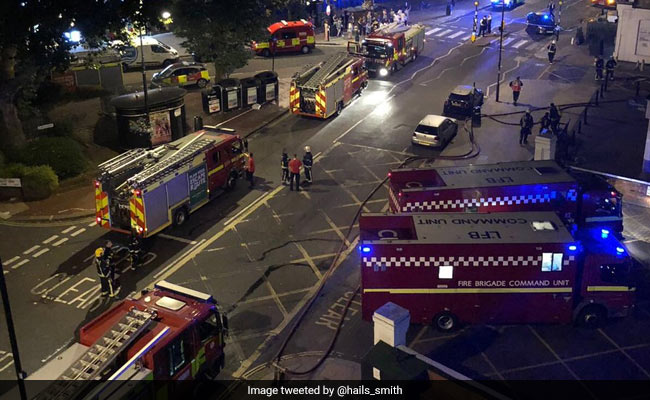 Fire Rages Through London's West Hampstead Flat, Dozens Evacuated