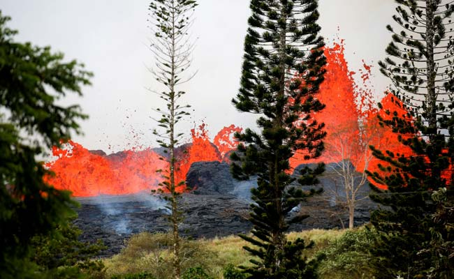 Lava Spatter Shatters Hawaii Man's Leg In First Known Injury From Volcano