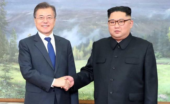 South Korean Envoys Arrive In North Korea To Finalise 3rd Summit