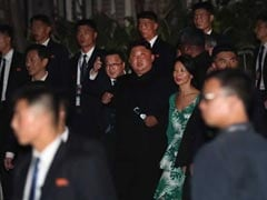 Kim Jong Un Surprises Crowds With Late-Night Tour In Singapore