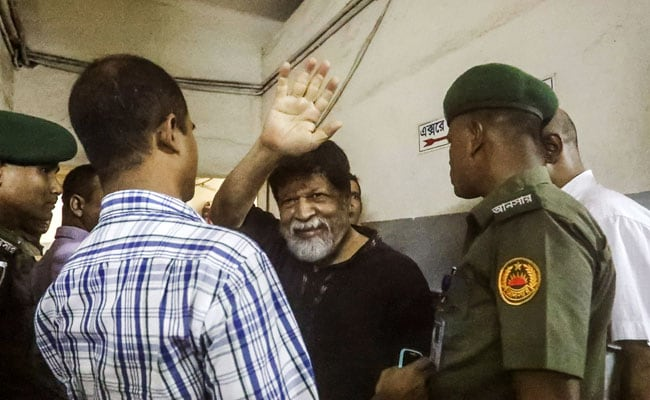 Top Bangladesh Photographer Shahidul Alam Sent To Jail