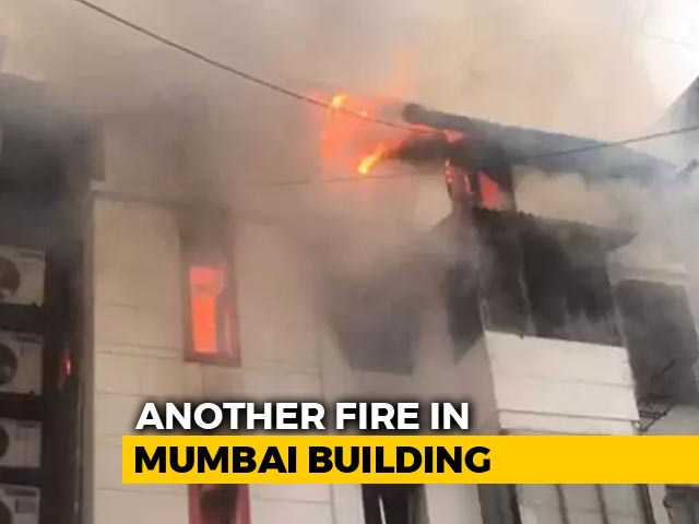 Video : 1 Dead As Fire Breaks Out At 3-Storey Building In South Mumbai