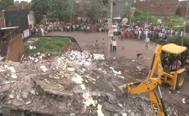 70-Year-Old Woman Dies, 3 Injured In Ghaziabad Building Collapse
