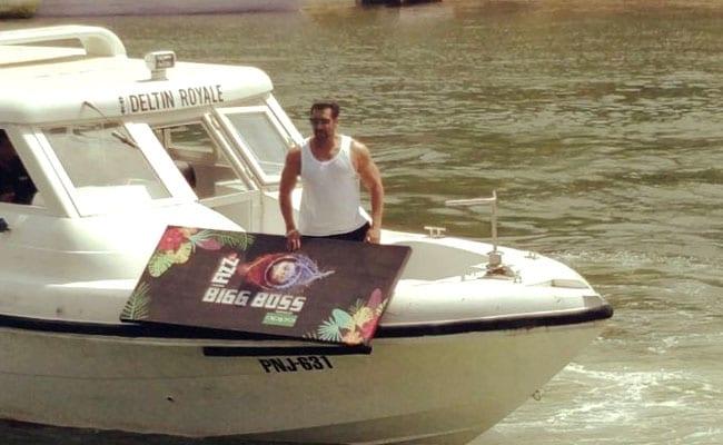 Bigg Boss 12: सलमान खान ने बिग बॉस लॉन्च पर Boat से मारी एंट्री, इन कंटेस्टेंट्स का होगा मुकाबला