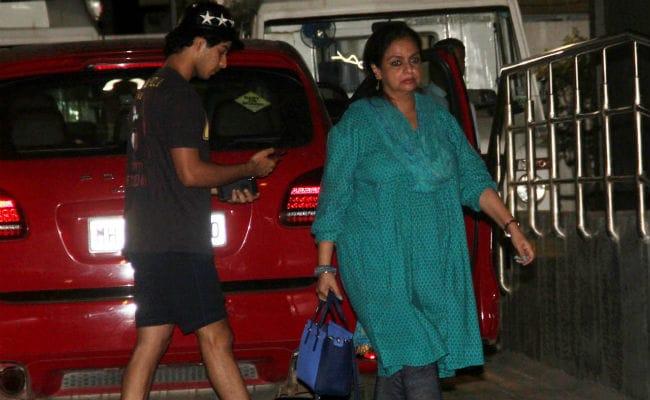 Shahid Kapoor's Pregnant Wife Mira Rajput Admitted To Hospital; Ishaan Khatter, Neelima Azim Visit