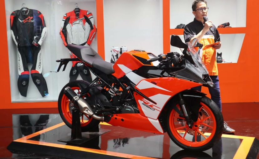 ktm rc 250 special edition launched in indonesia ndtv. Black Bedroom Furniture Sets. Home Design Ideas