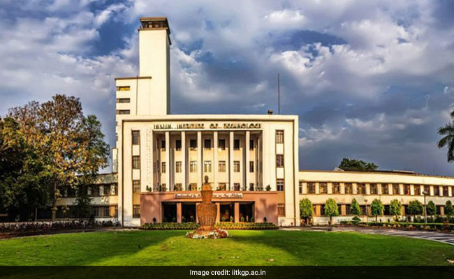 IIT Kharagpur Gets Chairman Award For Tech Innovation In IICDC