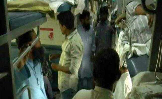 Panic In Gorakhpur-Bound Train After Passengers Alleged