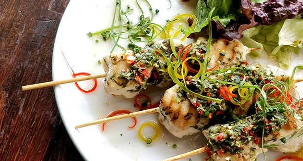 Fish Skewers with Coriander and Red Wine Vinegar Dressing