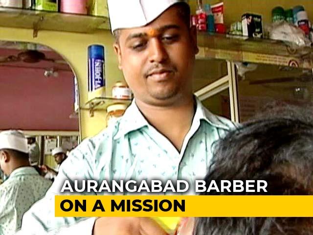 Video : Sumit Pandit's Unique Method Of Spreading Awareness On Sanitation