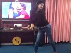 Video: भोजपुरी गाने पर इस एक्ट्रेस ने ड्राइंग रूम में किया धांसू डांस, बेसुध होकर नाचती रही और फिर...
