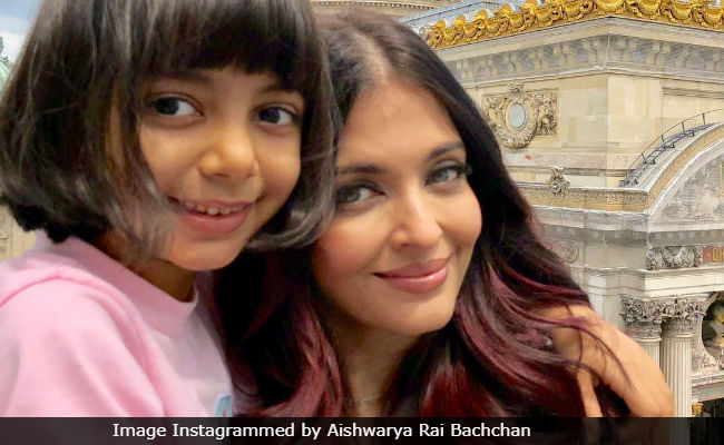 Aishwarya Rai Bachchan Shares Yet Another Pic Featuring Aaradhya And We Can't Take Our Eyes Off Their Smiles