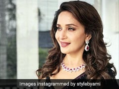 When Madhuri Dixit Notched Up Her <i>Saree</i> Game In 3 Stylish Looks