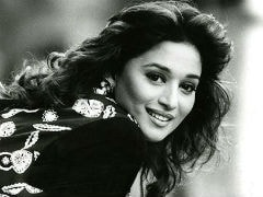 Madhuri Dixit Looks Just Like Madhubala In This Million Dollar Throwback Pic, Thinks The Internet