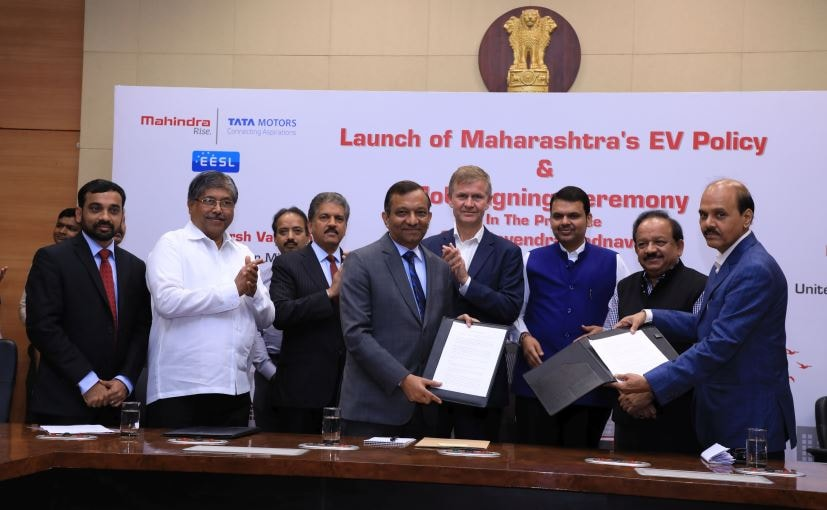 Mahindra Signs MOUs with Government of Maharashtra for Electric Vehicle Manufacture and Deployment