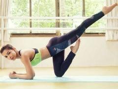 On International Yoga Day, Malaika Arora Shares Her Fitness <i>Mantra</i>