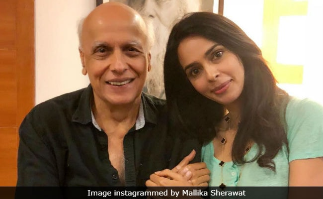 Murder On Bollywood Express: Mallika Sherawat Meets Pooja And Mahesh Bhatt