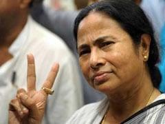 आयकर विभाग ने 'दुर्गा पूजा समिति मंच' को भेजा नोटिस तो केंद्र सरकार पर भड़कीं ममता बनर्जी, कहा- चुनावों के दौरान...