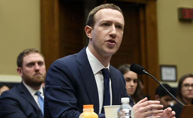 Hacker to Delete Mark Zuckerberg's Facebook Page, Live, This Weekend