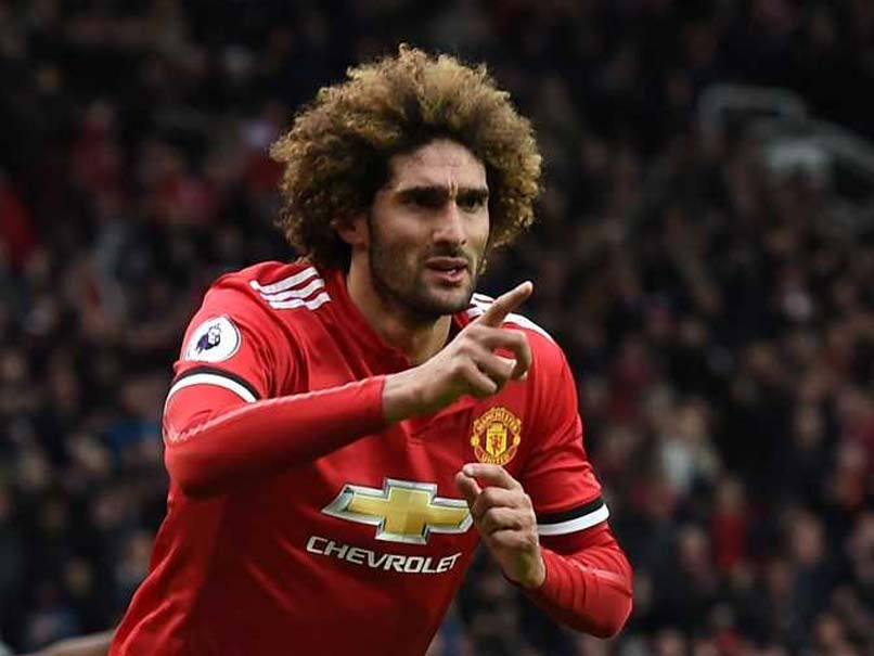 Marouane Fellaini Signs New Manchester United Contract To End Speculation Over Future