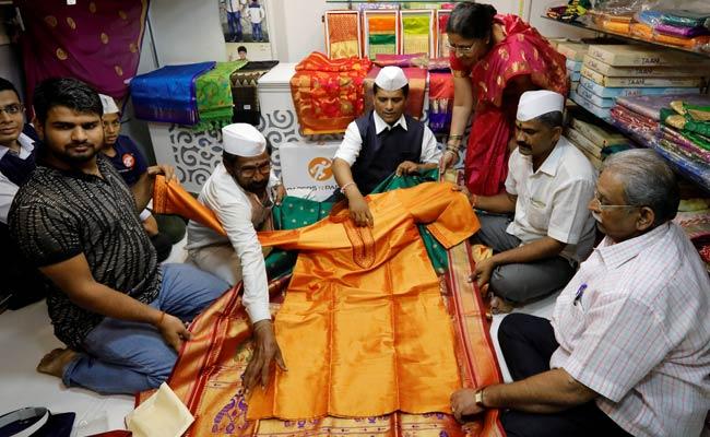 Yellow Paithani Saree For Meghan Markle, With Love From Mumbai Dabbawalas