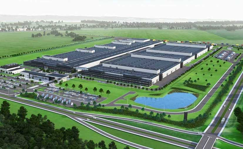 Mercedes-Benz Building New Engine Plant In Poland