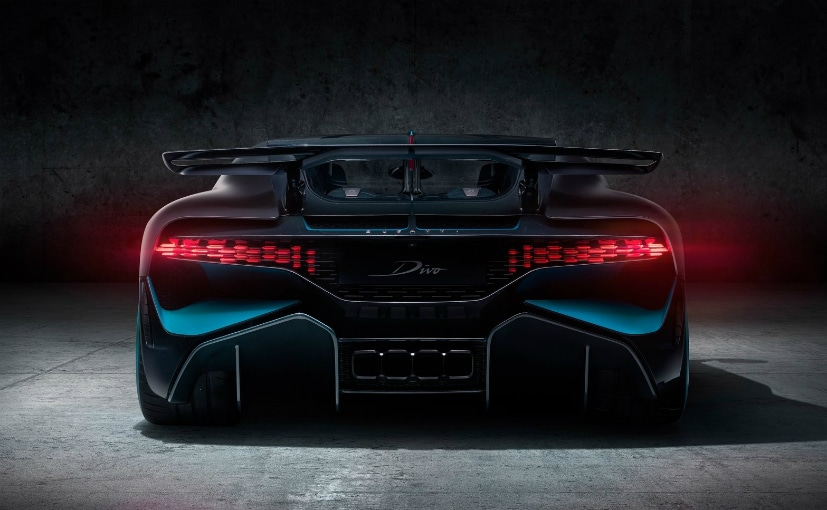 The Bugatti Divo Is Finally Here Costs 5 Million Euros But You Can