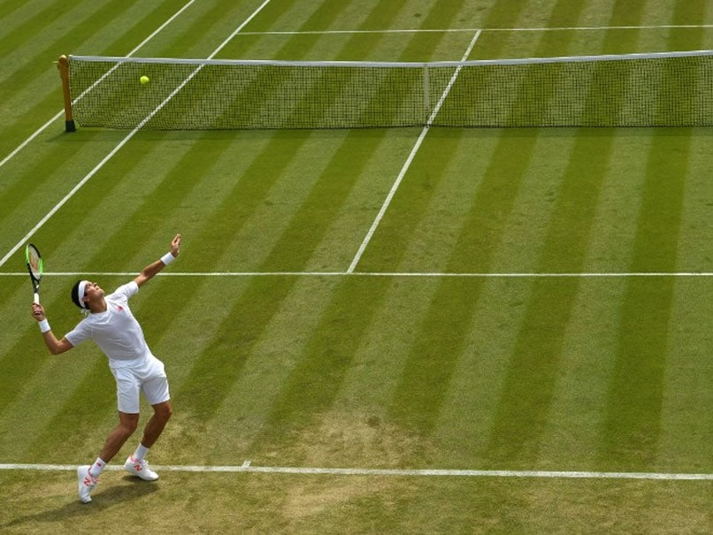 Wimbledon: Take Cover! Ball Boys And Girls In Danger From Big Servers