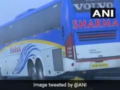 कर्नाटक: फ्लोर टेस्ट से पहले वापस बंगलुरु पहुंचे कांग्रेस विधायक