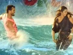 Kajal Raghwani के ख्यालों में खोए Khesari Lal Yadav, पानी में यूं खेलते आए नजर- Video ने ढाया कहर