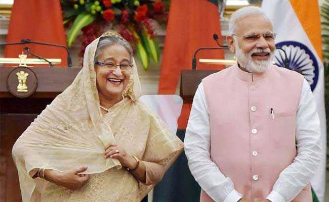 Hasina discusses range of bilateral issues with Modi at Santiniketan