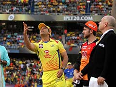 IPL 2018 Final: MS Dhoni Trolls Sanjay Manjrekar During Toss At The Wankhede
