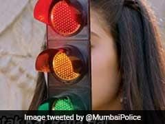 Mumbai Police Uses Janhvi Kapoor's <i>Dhadak</i> Dialogue To Promote Road Safety