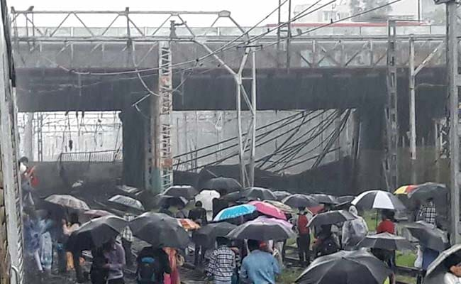 mumbai andheri station gokhale bridge collapse ndtv