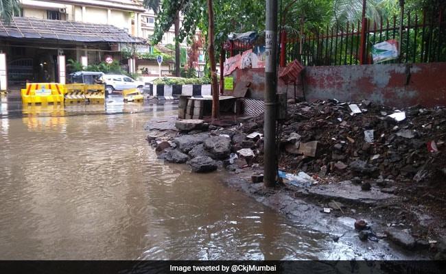 Amid Heavy Mumbai Rain Warning, Officials' Leaves Cancelled