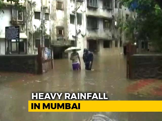 Video : Four Dead In 24 Hours As Heavy Rain Pounds Mumbai; Traffic, Trains Hit