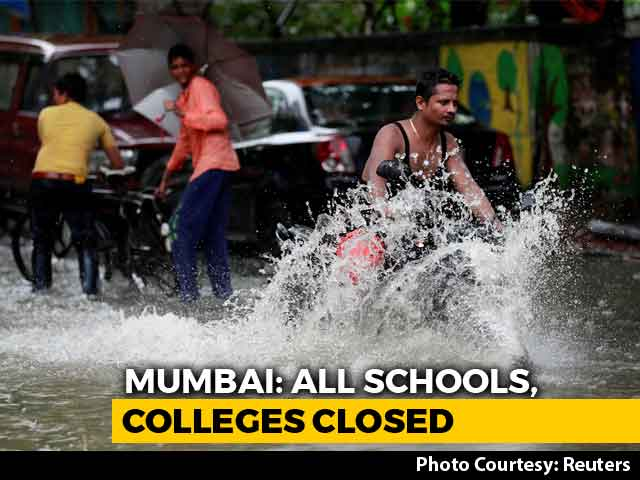 Video : Mumbai Schools, Colleges Shut Over Heavy Rain Warning; Trains Hit