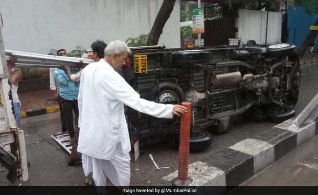 'Don't End Up Like That', Mumbai Police Cautions After Heavy Rain