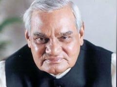 भारतीय राजनीति के फलक के चमकते सितारे थे वाजपेयी : सुमित्रा महाजन