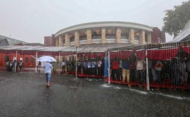 Goa, Vidarbha Weather Live Updates: Rain Lashes Goa, Nagpur Flights Disrupted